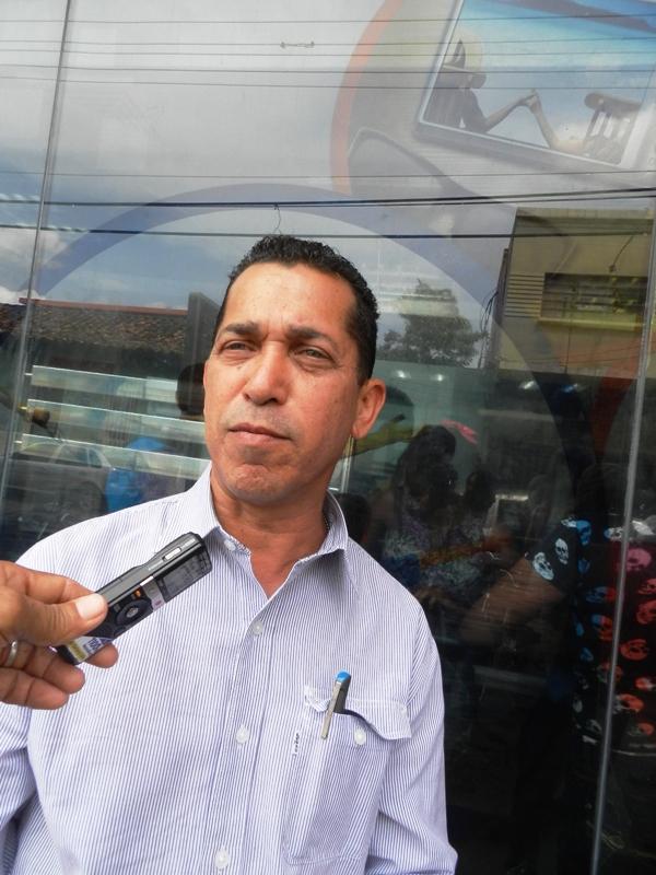 Angel Suarez Espinoza, Pdte de la Camara de Comerciantes.