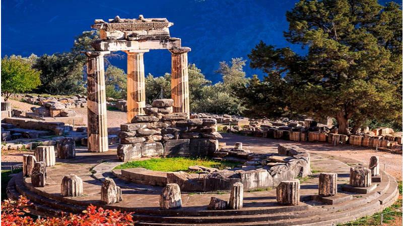 Delfos, muestra la grandiosidad de tiempos pasados