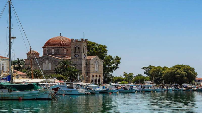 Egina, magnifico lugar pintoresco lleno de aire griego