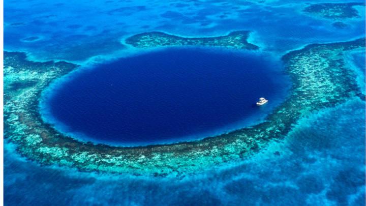 El Gran Agujero azul en Belice, territorio vírgen del planeta