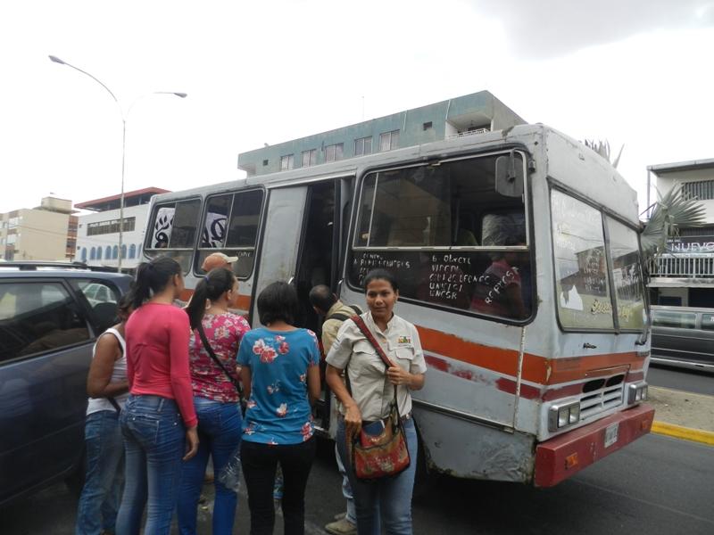 La demanda supera la oferta de servicio de transporte urbano
