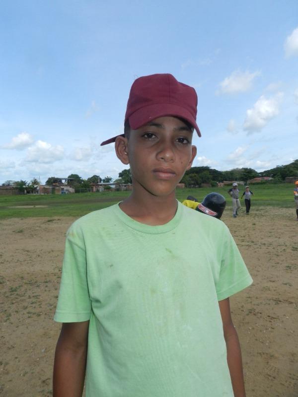 Jorge Flores gan_ dos juegos para Fuentes Acevedo en prejunior de Infante (1)