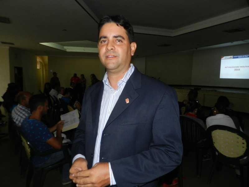 Leonardo Párraga, presidente del Colegio de Contadores Públicos del estado Guárico, convocó al reencuentro con los funcionarios del Seniat.