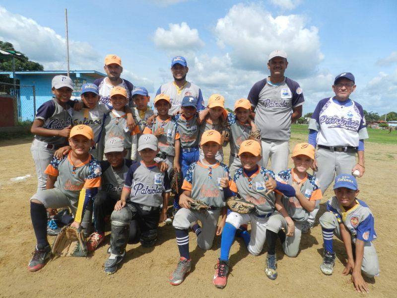 Patriotas de Roscio de gran actuaci_n en b_isbol federado ahora busca titularse en preinfantil de Criollitos de Venezuela (1)