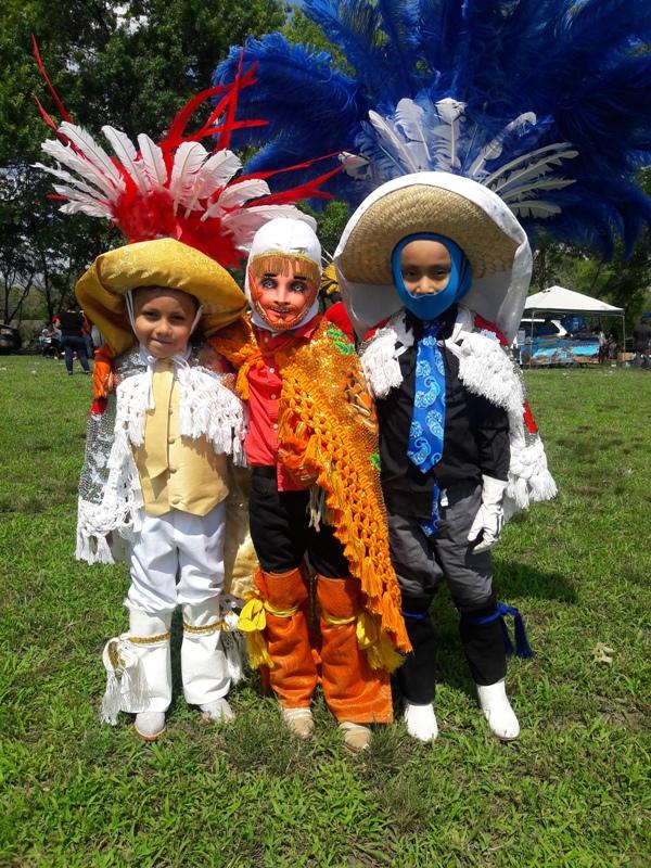 Niños también se presentaron en la jornada cultural