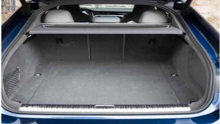 Un maletero de hasta 1000 litros de capacidad al abatir los asientos de atras