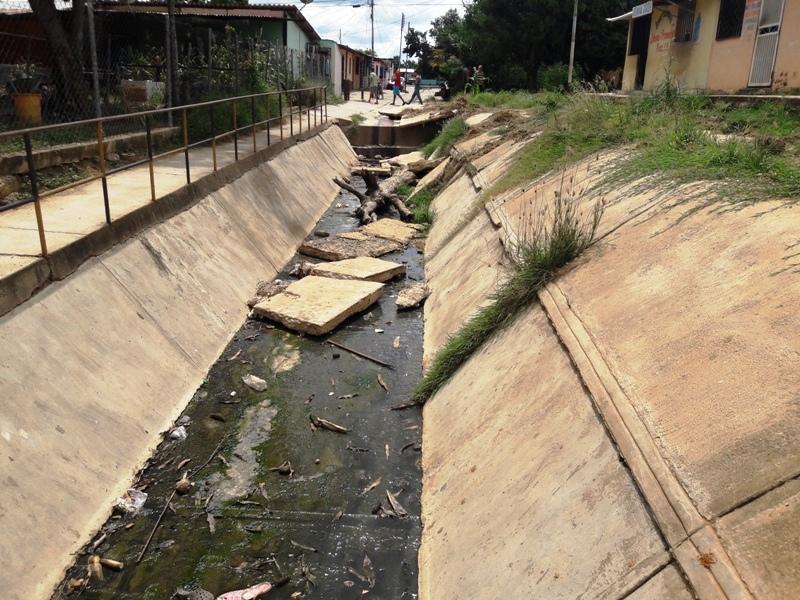 Contaminación latente en el lugar desde hace varios años. Foto: @fj.carrillo