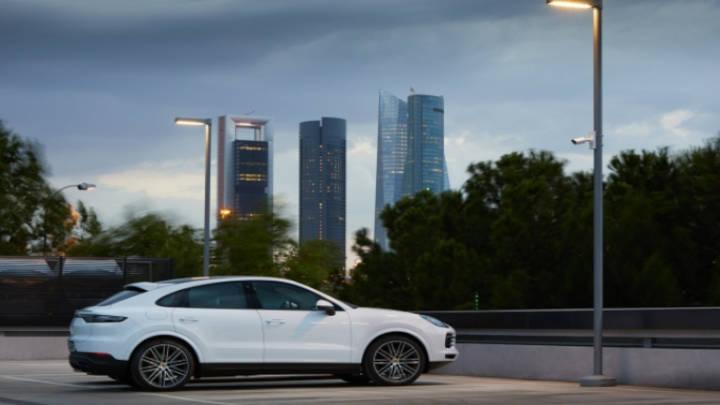 El Porsche Cayenne Coupé atrae potencialmente por su imagen de poder y lujo