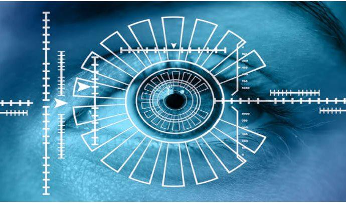 En el sistema de control de acceso la lectura facial es otro de los dispositivos.