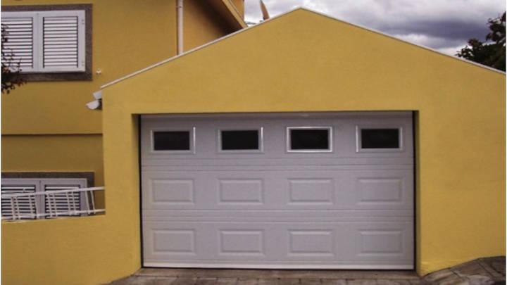 Elige la puerta adecuada para tu garage con estilo y buen diseño