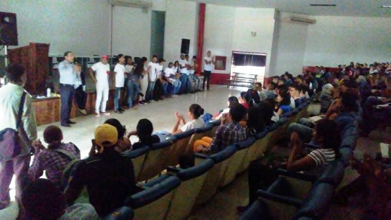El acto tuvo lugar en el auditorio de la UPTLL. Foto: Antonio González