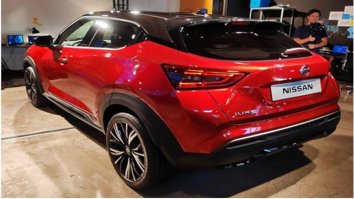 Perfil trasero del Nissan 2020, musculoso y osado