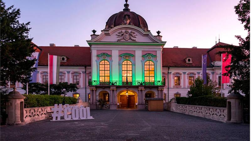 La casa de verano de la Reina de Hungria, El Palacio de Sisi Gödöllö