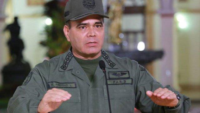 El ministro de la Defensa Vladimir Padrino López enfatizó que estan haciendo todo lo conducente para lograr la liberación de los funcionarios