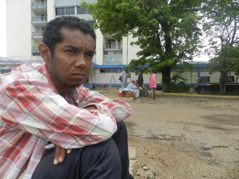 Julio Morales, tiene 38 años y desde los 17 es paciente renal