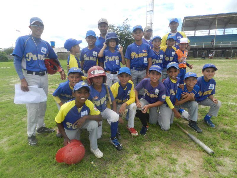Pumas representa al municipio Infante en preinfantil.jpg