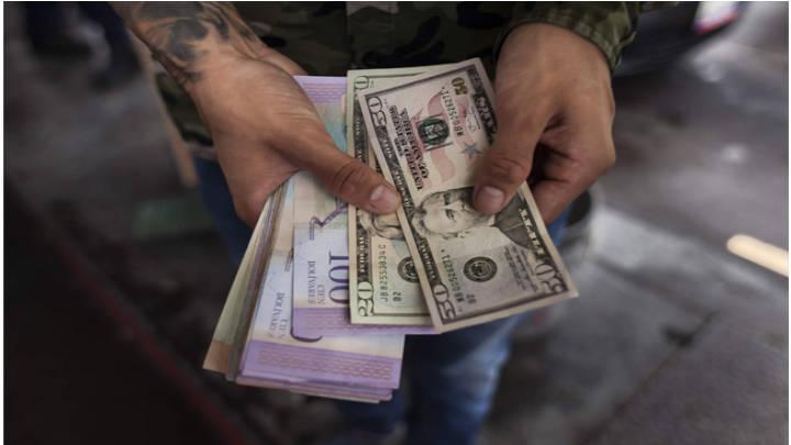 Debe estar pendiente al momento de cancelar con divisas en los comercios