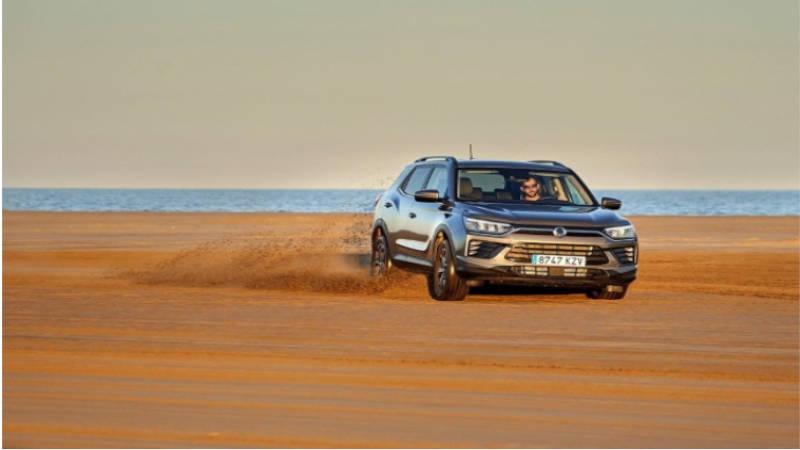 Tanto el modelo a gasolina como diésel disponen de tracción total