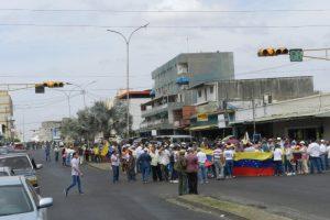 Opositores se concentraron en la avenida Rómulo Gallegos