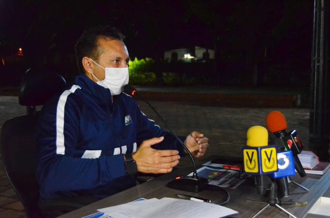 1.- El gobernador del estado Guárico José Vásquez, confirmó la presencia de un segundo caso de Covid-19 encontrándose asintomático y aislado