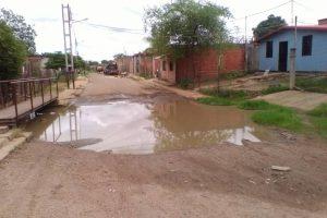 Calles intransitables y mucho mas en estos tiempos de lluvia.