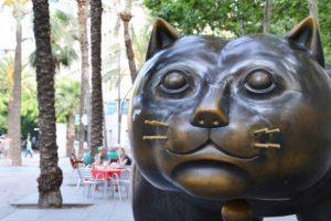 El hermoso gato rollizo de Botero en el Raval