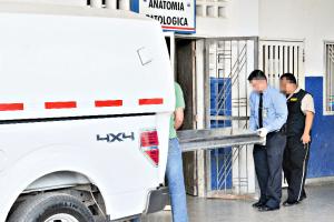 """El cuerpo sin vida fue ingresado a la morgue del hospital """"Francisco Urdaneta"""""""