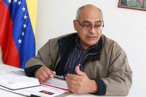 Carlos Alvarado Ministro de Salud. Imagen Cortesía